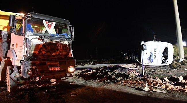 Tekirdağ'da kamyonla işçi servisi çarpıştı: 1 ölü, 14 yaralı