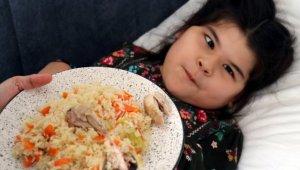 Türkmen aile çocuklarının tedavisi için Türkiye'yi tercih etti