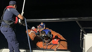 Urla açıklarında çok sayıda sığınmacı yakalandı