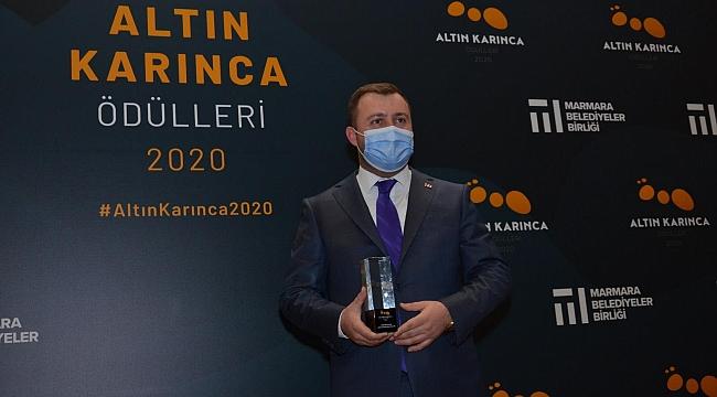 """Başkan Yüksel'den ilk açıklama: """"Altın Karınca Ödülünü, Çanakkalemize getirmenin gururunu yaşıyoruz"""""""