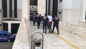 Otostopla gelip, çaldıkları motosikletlerle dönen 7 şüpheliyi jandarma yakaladı