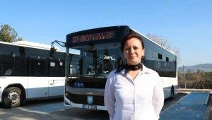 Üniversite mezunu 3 çocuk annesi, özel halk otobüsü şoförlüğü yapıyor