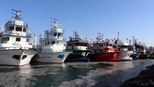 Av sezonun bitmesine saatler kala balıkçılar dönüyor