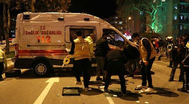 Ambulans ile taksinin çarpışma anı kamerada