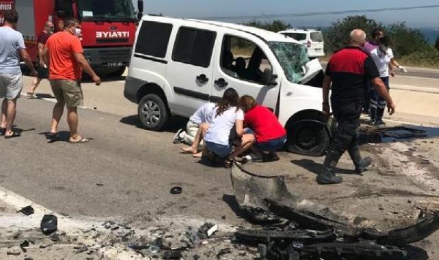 Gelibolu'da iki araççarpıştı; sürücüler öldü